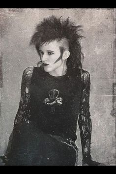 "Check out ""Dazed and Confused Post-Punk DarkWave Electronic New Releases and Classic Tracks"" by Andrew Daze (DJ Daze) on Mixcloud 80s Goth, 80s Punk, Punk Goth, Vintage Goth, Victorian Goth, Goth Hair, Grunge Hair, Punk Fashion, Gothic Fashion"