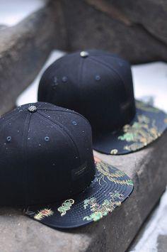Creative Hats, Admirable, Hat, Cap, and Snapback image ideas & inspiration on Designspiration Hang Ten, Urban Fashion, Men's Fashion, Fashion Check, Street Fashion, Fashion Clothes, Visual Kei, Five Panel Cap, Estilo Cool