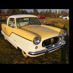 Nash Rambler Metropolitan would love to go on a sunday drive in this little cutie