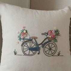 봄 향기~ #프랑스자수 #자수쿠션 #embroidery #취미 #세종시