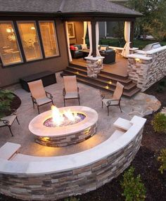 New backyard bbq grill design patio ideas Backyard Seating, Fire Pit Backyard, Backyard Bbq, Cozy Backyard, Patio Ideas With Fire Pit, Desert Backyard, Sloped Backyard, Rustic Backyard, Modern Backyard