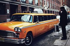 #travelcolorfully: vintage stretch-taxi
