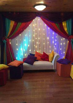 18 Ideas For Wedding Indian Decor Stage Decorations Mehendi Decor Ideas, Mehndi Decor, Diy Room Decor, Living Room Decor, Bedroom Decor, Nursery Decor, Desi Wedding Decor, Wedding Ideas, Budget Wedding