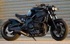 """Australia's toughest CBR900""  Bladerod"