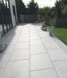 Concrete Paving Slabs, Grey Paving, Paving Stone Patio, Granite Paving, Slate Patio, Patio Slabs, Patio Tiles, Outdoor Tiles, Paving Stones
