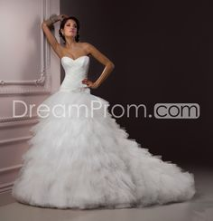 Glamorous A-line Sweetheart Floor-Length Chapel Pleats Wedding Dresses