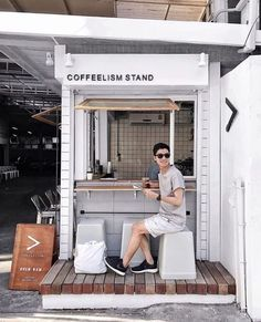 Are you planning on opening your very own coffee shop? In this digital era, a coffee shop can be a profitable business, since people are going to need coffee more often. Cafe Shop Design, Kiosk Design, Small Cafe Design, Small Coffee Shop, Coffee Store, Opening A Coffee Shop, Coffee To Go, Iced Coffee, Architecture Restaurant