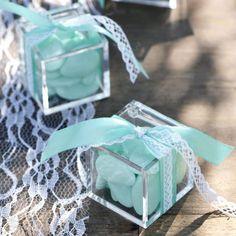 Boite dragées Cube cadeau plexi (les 3)