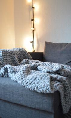 Kuscheldecke aus dicker & warmer Wolle - perfekt für kühle (Winter) Abende   goodiys.com