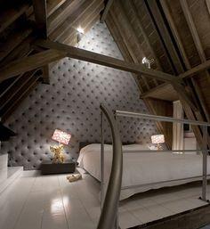 Pereti capitonati cu materiale textile pentru un interior chic | CasaMea