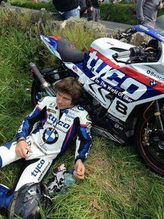 Guy Martin, Drag Bike, Racing Motorcycles, Moto Style, Big Guys, Isle Of Man, Super Sport, Road Racing, My Guy