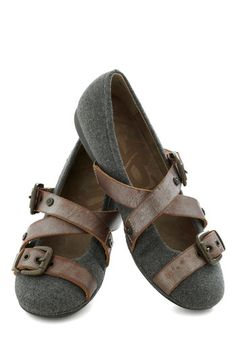 Strappy Hour Flat in Pewter - Grey, Brown, Solid, Buckles, Flat, Leather, Best, Casual, Strappy, Variation