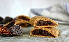 Wholehearted Eats : The Amazing Raw Fig Bar