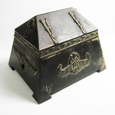 Disciplined Antique Hp Russian Tole Black Wood Trinket Vanity Box Oldie Chic Shabby Decorative Arts Antiques