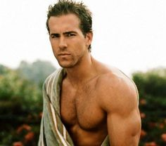 Ryan Reynolds. The perfect blend of hot and cute. So true. He was so hot especially in Green Lantern. Too bad he's now supposedly married now to Blake Lively.