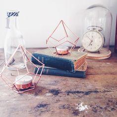 déco - bougies - livres - cloche - vintage - wood