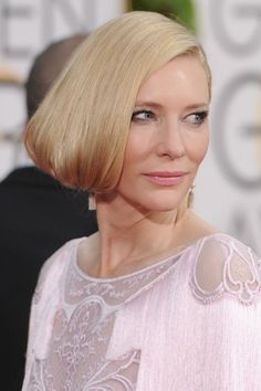 the best hair and beauty looks from the Golden Globes 2016 red carpet. Hair by Robert Vetica