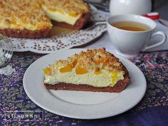 Tarta sernikowa z kokosem i brzoskwiniami