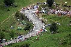 Time-lapse video of the iconic Alpe D'Huez climb