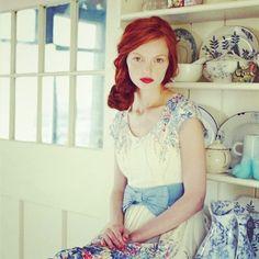 vintage look. red hair. I love