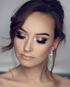 Makijaż ślubny z dzisiejszego LIVE ?❤️ Podkła - Wedding Makeup For Fair Skin Blue Dress Makeup, Blue Makeup, Glitter Makeup, Wedding Makeup Blue, Bridal Hair And Makeup, Bridal Smokey Eye Makeup, Bridal Makeup For Brunettes, Bridal Make Up, Wedding Make Up
