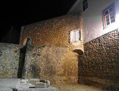 Manueline window, Castelo dos Governados Lagos