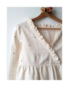 Atelier Brunette Stardust Blouse Patron blouse Eugénie Tissu double gaze Stardust Sewn by lesfroufrousdenana Basic Outfits, Preppy Outfits, Kids Outfits, Fashion Outfits, School Outfits, Back Design Of Blouse, Blouse Designs, Blouse Patterns, Plus Size Boutique Clothing