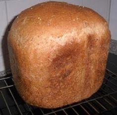Met dit recept bak je in je BBM een heerlijk bruinbrood.