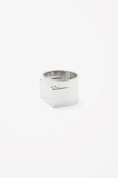 Chunky metal ring