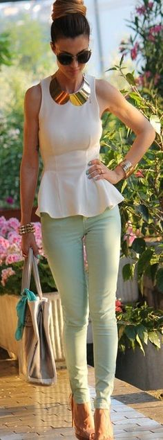 Mint Pants and White Peplum Top. Bought my mint pants today ; Mode Chic, Mode Style, Chic Chic, Looks Chic, Looks Style, Mode Outfits, Stylish Outfits, Moda Fashion, Womens Fashion