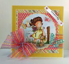 Loves Rubberstamps Challenge Blog - Challenge 57 - Summer Theme - Design Team Member - Ivonne Hernandez - Using Magnolia Stamps