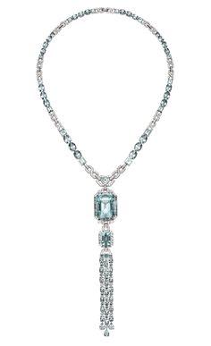 Collar Edición Limitada Art Decó de oro blanco con aguamarinas y diamantes blancos de Suárez.