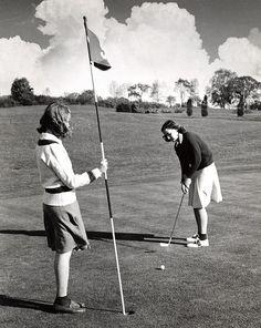 Ladies Golfing circa 1943