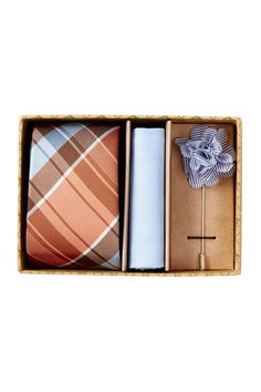 This Arcadia Plaid Tie 3-Piece Box Set is a fab gift idea for your dapper dude.