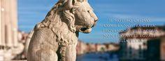 Il leone di San Marco detto anche leone marciano o leone alato è il secolare simbolo della città di Venezia e della sua antica Repubblica e rappresentazione simbolica dell'evangelista Marco. Leone, Mount Rushmore, Lion Sculpture, San, Statue, Travel, Viajes, Destinations, Traveling