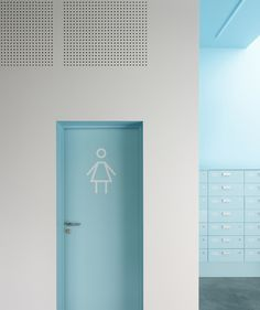 Interaction we like / Toilett / Signs / Blue / Woman / Linegraphic /interiour / / at inspiration Toilet Signage, Space Interiors, Colorful Interiors, Environmental Graphics, Buero, Retail Design, Interior Architecture, Restroom Design, Wayfinding Signage