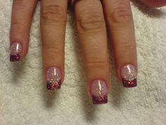 Red glitter, Christmas nails possibly...