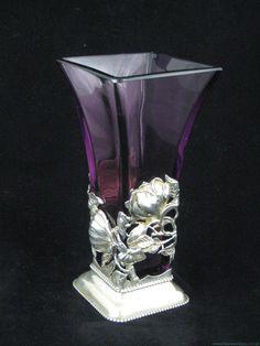 ART NOUVEAU Vase in Silver Stand / Art Nouveau Glass & Decorative Arts | JV