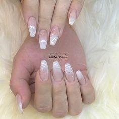 Naglar French Nail Polish, French Fade Nails, French Acrylic Nails, Glitter Fade Nails, Faded Nails, Boutique Nails, Nails First, Finger, Fall Nail Designs