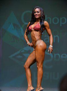 Breena Martinez 5th Ferrigno Legacy Bikini Pro 2014