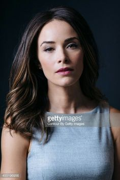 Abigail Spencer Brunette Actresses, Female Actresses, Classic Hairstyles, Cool Hairstyles, Abigail Spencer Hair, Medium Hair Styles, Long Hair Styles, Cute Hair Colors, Hollywood Girls
