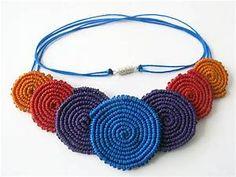 Collar de Circulos de Macrame | Explore Freckles_'s photos o… | Flickr - Photo Sharing! Collar Macrame, Macrame Colar, Macrame Dress, Macrame Art, Macrame Earrings, Macrame Jewelry, Macrame Bracelets, Textile Jewelry, Fabric Jewelry