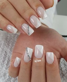 Nail art Christmas - the festive spirit on the nails. Over 70 creative ideas and tutorials - My Nails French Manicure Nails, Manicure E Pedicure, Diy Nails, Green Nails, White Nails, Stylish Nails, Trendy Nails, Secret Nails, Baby Pink Nails