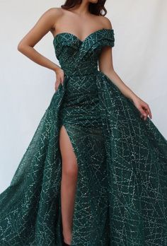 Parisan Verdant TMD Gown Details - Forest color - Sequin embroidered tulle fabric - Embroidered crystals - Ball-gown style with an open leg - Prom night dress Evening dress Weeding dress SEE DETAILS Elegant Dresses, Pretty Dresses, Sexy Dresses, Beautiful Dresses, Formal Dresses, Casual Dresses, Ladies Dresses, Junior Dresses, Long Dresses
