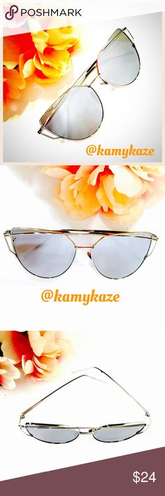 Gray on Silver Mirrored Sunglasses Popular and trendy style sunglasses with gray mirrored lenses w silver toned frames. All pictures were taken by me of actual product, not stock photos. ❌trade bundle discount ✍make an offer❣ Boutique Accessories Sunglasses