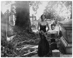 Graveyard Fashion-Photo EJ McCabe