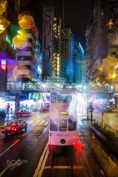 Ding Ding by Javi Stolz - Photo 144075263 - Cool Pictures, Cool Photos, Night Shot, Facebook Photos, Great Shots, Mobile Photography, Light Colors, Hong Kong, Haha