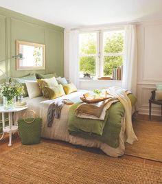 Home Decorating Ideas Bedroom green bedroom design idea 9 Green Bedroom Design, Green Bedroom Decor, Green Bedroom Walls, Green Master Bedroom, Green Bedding, Green Rooms, Trendy Bedroom, Beautiful Bedrooms, Home Bedroom