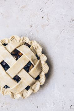 Step-by-step instructions for baking the perfect pie