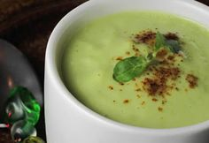 Healthy Sustainable Living: Amazing and Raw - Easy Cucumber Mint Soup